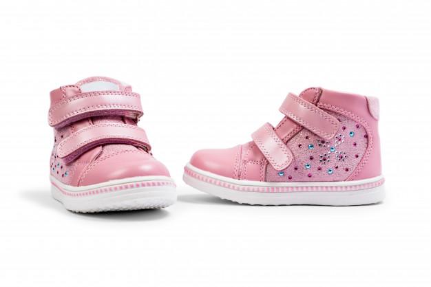 המדריך להורים: קניית נעלי ילדים אונליין