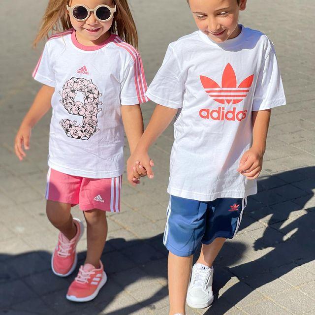 <p>האחים הכי מתוקים שיש 😍 אור ושקד כבר עשו רכישה שווה בסייל, ואתם? עד 50% הנחה על כללל האתר 🥳 @shaked_or_tani #adidas #adidasoriginals #adidaskids #adidasshoes #kidsmodel #kidsmodeling #kidsfashion #kidsfashionistamodel #kidstrends #kidsgram #באבלס #באבלסאונליין #באבלסמותגיםלילדים</p>
